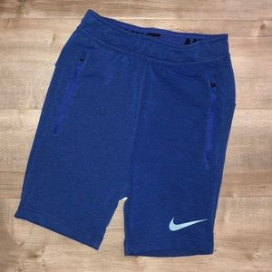 VGUC Nike dri-fit shorts kids size S